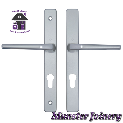 Silver Munster Joinery uPVC Door Handle. The size is 70mm PZ with 200mm screw distance, this handle is usually fitted with the Ferco Multi-point Door Lock. This Replacement Door Handle is designed for Exterior doors to suit multipoint locks on uPVC, Aluminium and Timber Doors. Fixing lugs are included which makes it easier fitting.