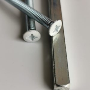 1 Pair replacment M5 x 80mm fixing bolts/screws for Upvc and timber door handles in White.